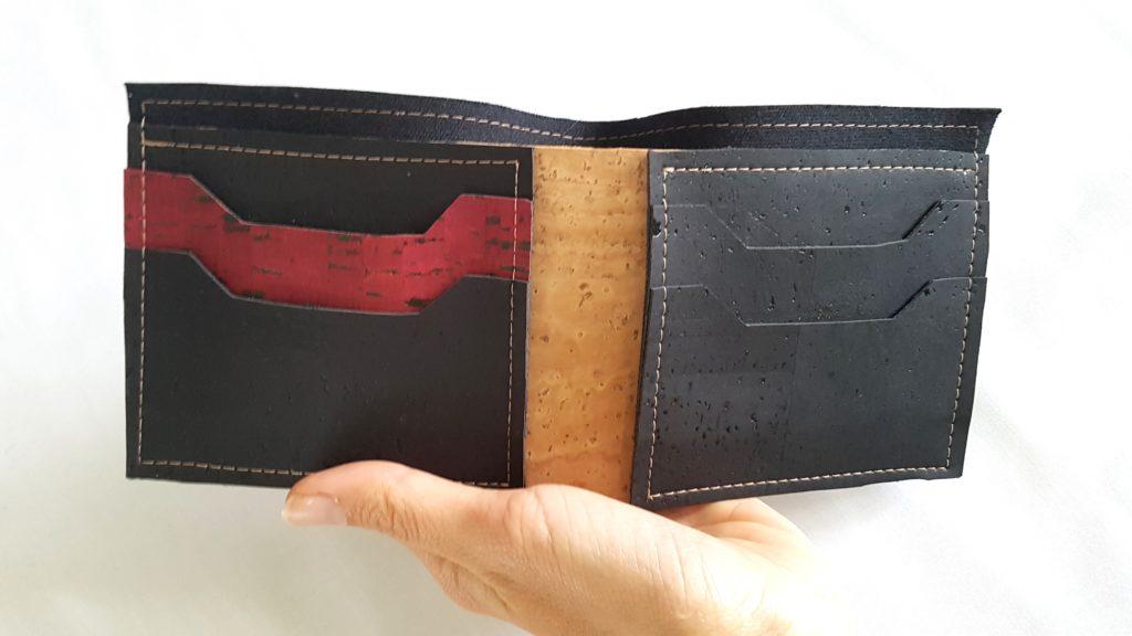Portefeuille Diem en liège noir et rouge